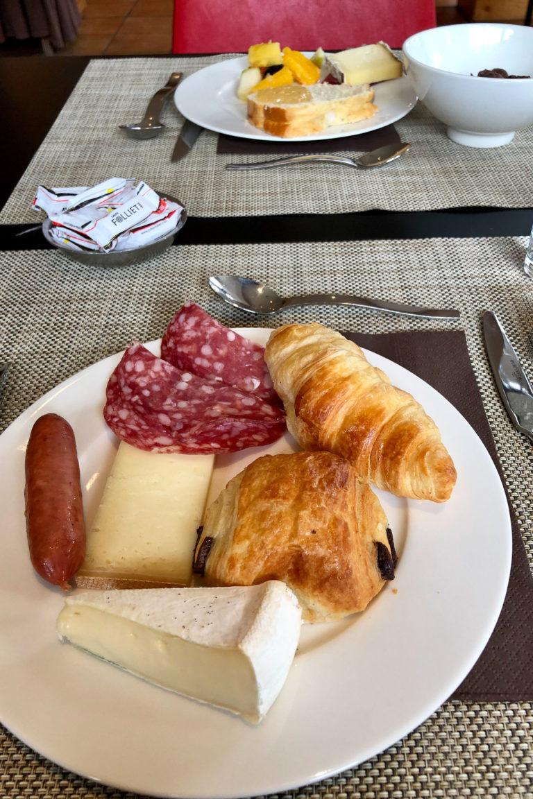 Hotel de l'Arve Breakfast