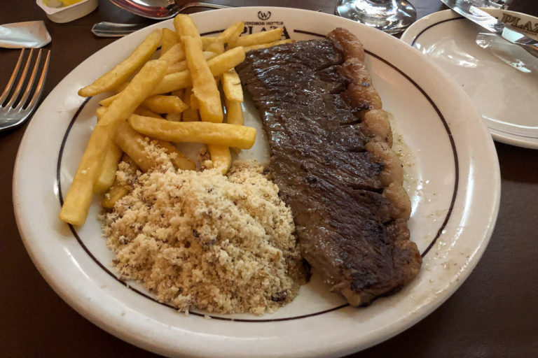 Picanha with farofa and fries