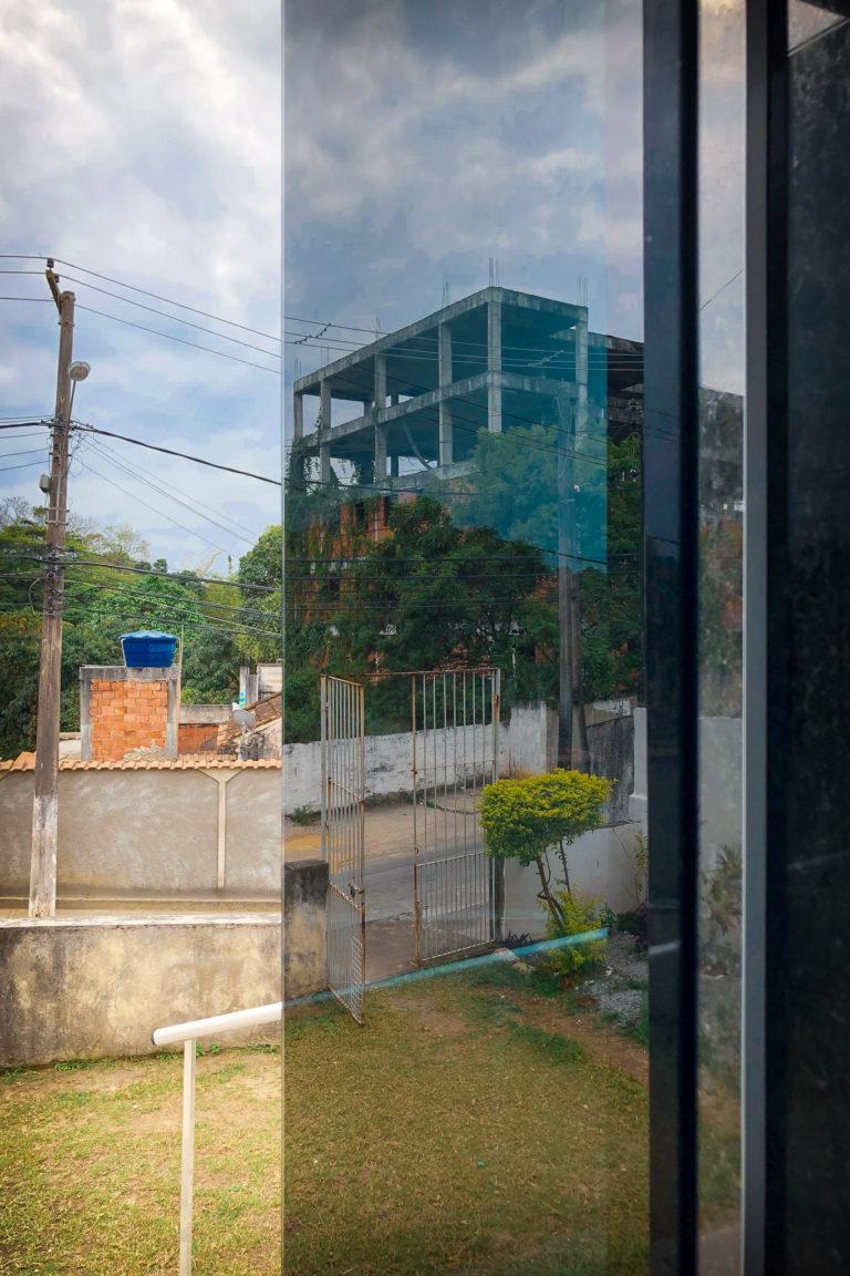 A favela reflection